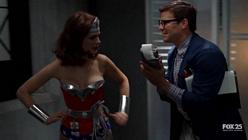 Emily Deschanel Wonder Woman 9
