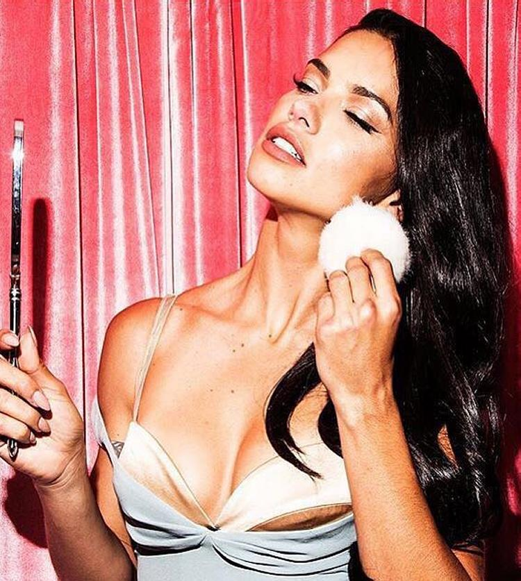 Adriana Lima Images Icons, Wallpapers and