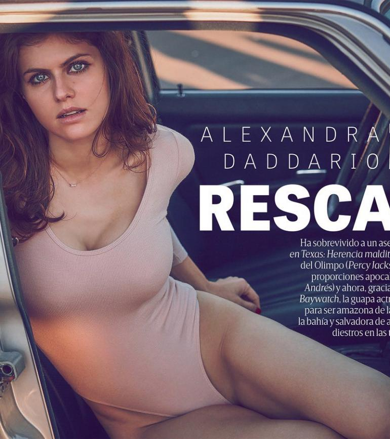 Alexandra Daddario Bikini GQ Mx Body, Cleavage