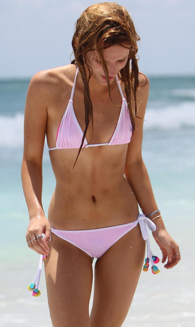 Pop Minute - Bella Thorne Bikini Wet Hair Miami Photos - Photo 3