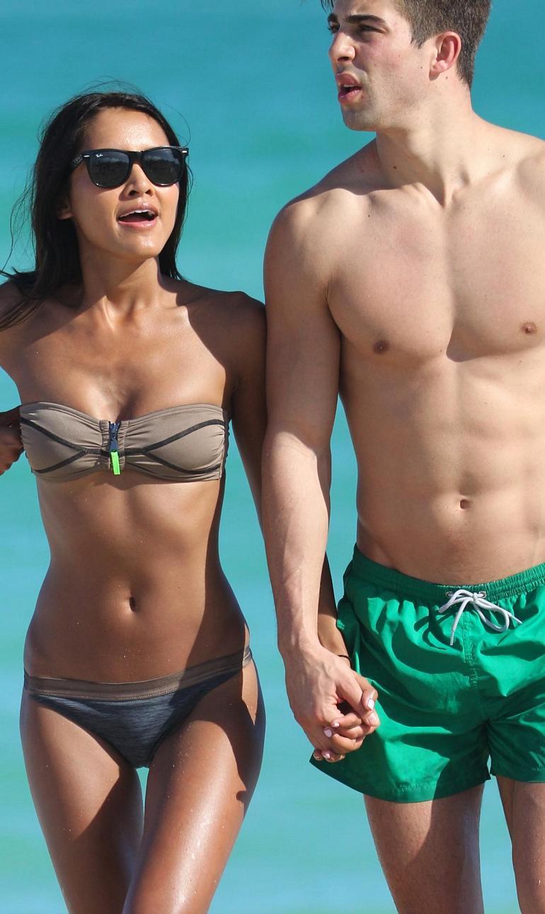 Pop Minute - Cassandra Dawn Bikini Shades Miami Photos - Photo 7 Amber Heard