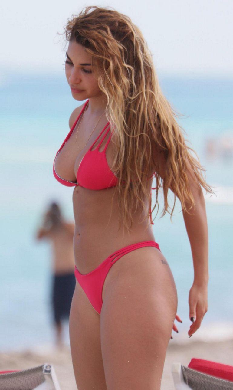 Pop Minute - Chantel Jeffries Bikini Miami Photos - Photo 4