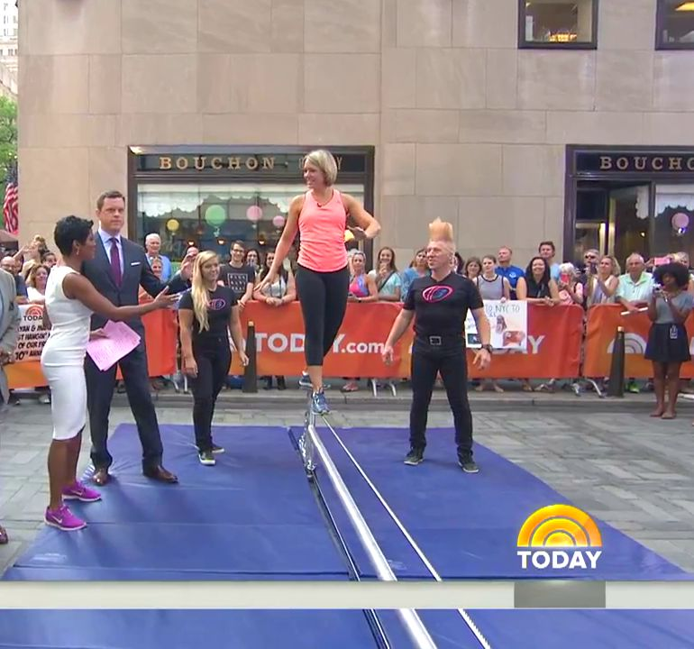 Pop minute dylan dreyer spandex today show photos photo 1