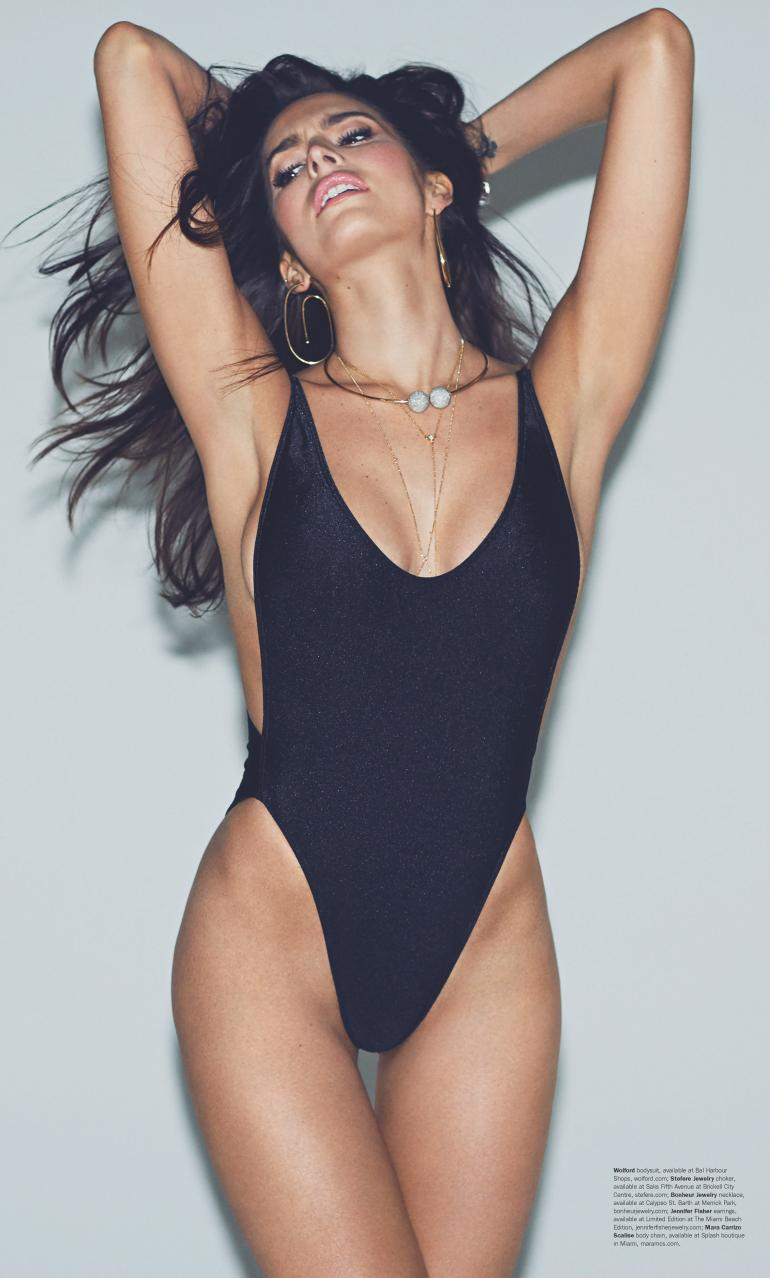 Genesis Rodriguez Swimsuit Venice Body