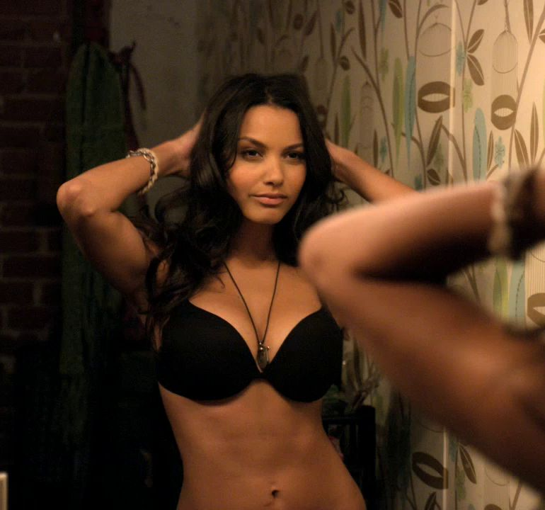 Pop Minute - Jessica Lucas Bra Friends With Benefits Photos - Photo 1
