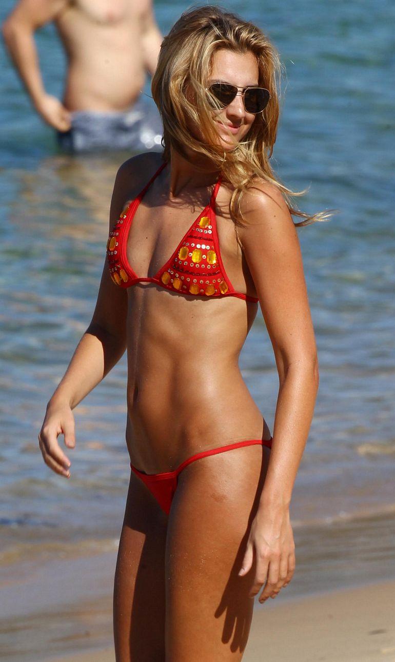 Laura dundovic bikini shots