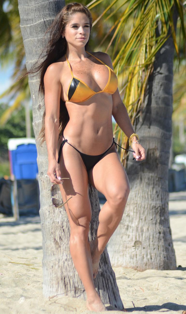 Pop Minute Michelle Lewin Bikini Beach Tree Photos Photo 6