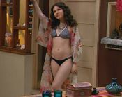 Erin Sanders Bikini Melissa And Joey
