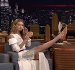 Gigi Hadid Legs Tonight Show Burger