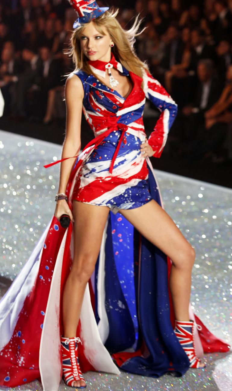 Victoria's Secret Fashion Show Taylor Swift Taylor Swift Victoria Secret