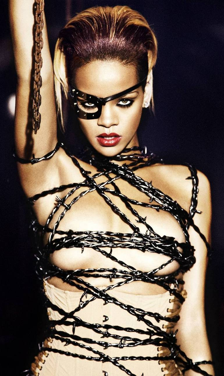 post your favorite pictures of rihanna - page 2 - rihanna - fotp