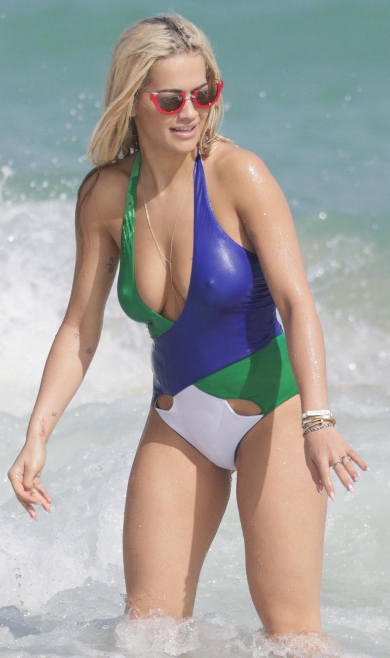 Pop Minute - Rita Ora Swimsuit Wet Miami Photos - Photo 7