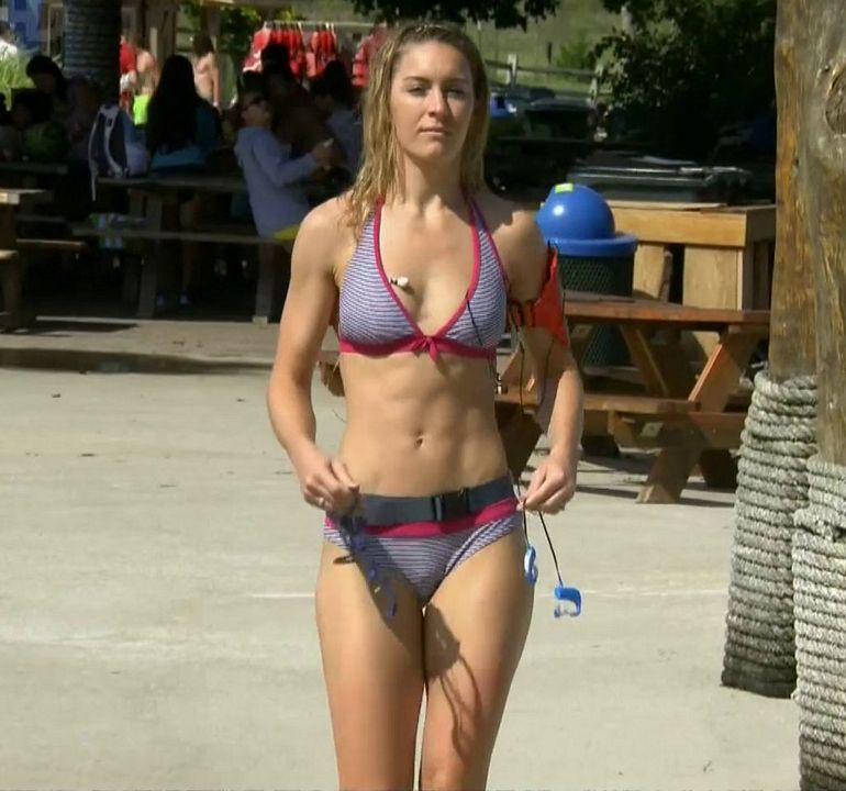 Those Lara lewington bikini vid!