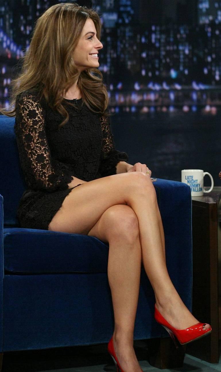 Pop Minute - Maria Menounos Legs Fallon Photos - Photo 8
