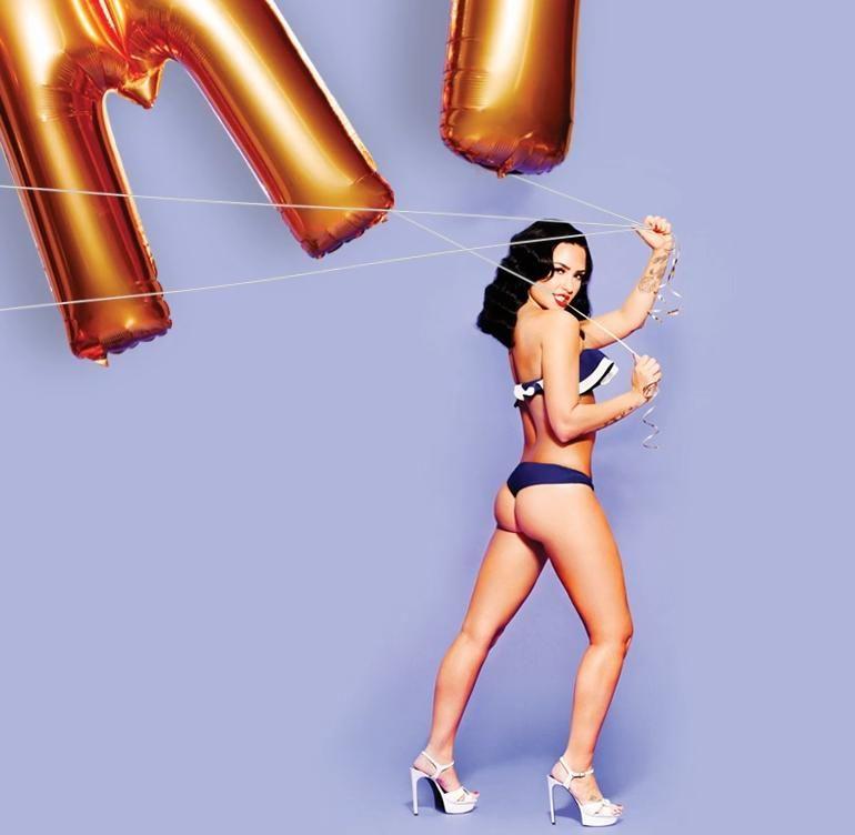 Demi lovato topless photos